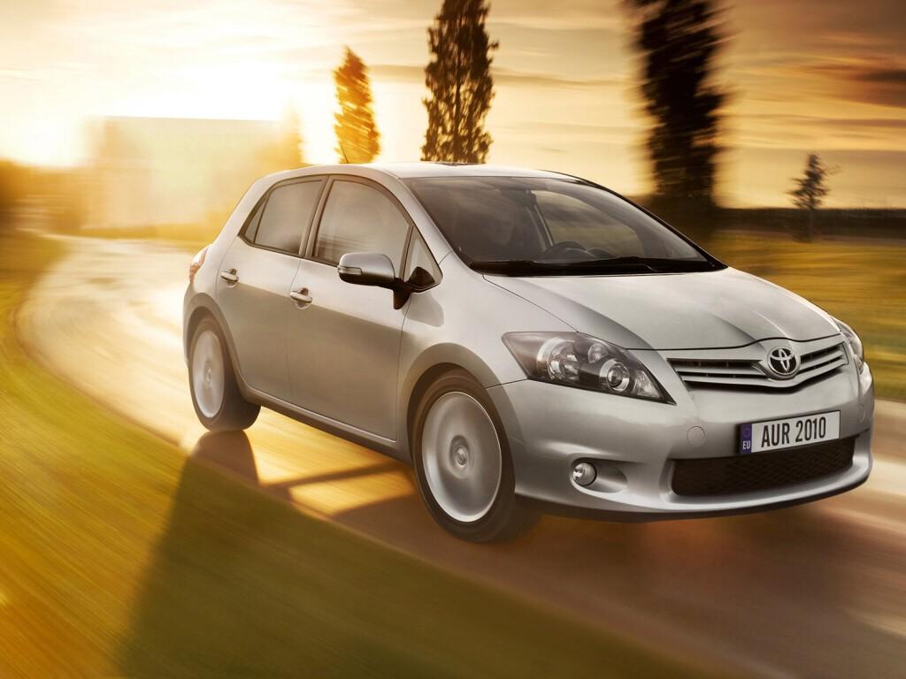 Toyota Aygo je nejlevnější v historii, zlevňuje i Auris