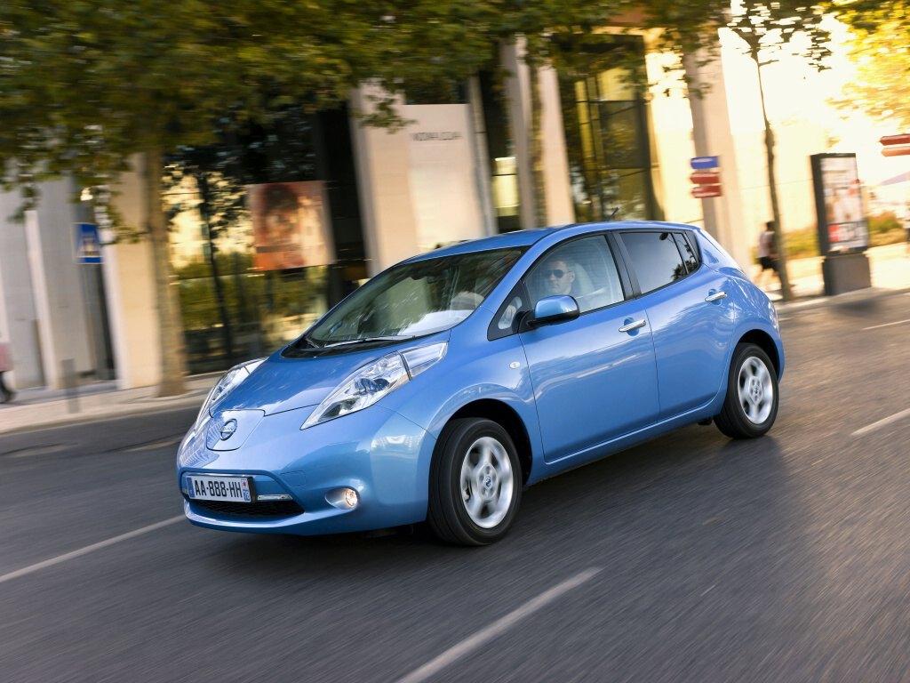 Nissan Leaf se stal Elektromobilem roku 2012