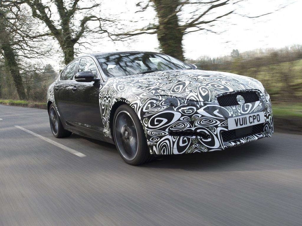 Jaguar přichází s dvojicí nových motorů