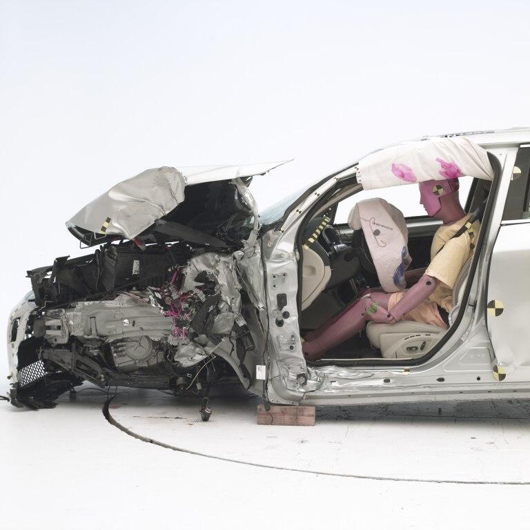 Volvo S60 uspělo v nejnáročnějších nárazových zkouškách