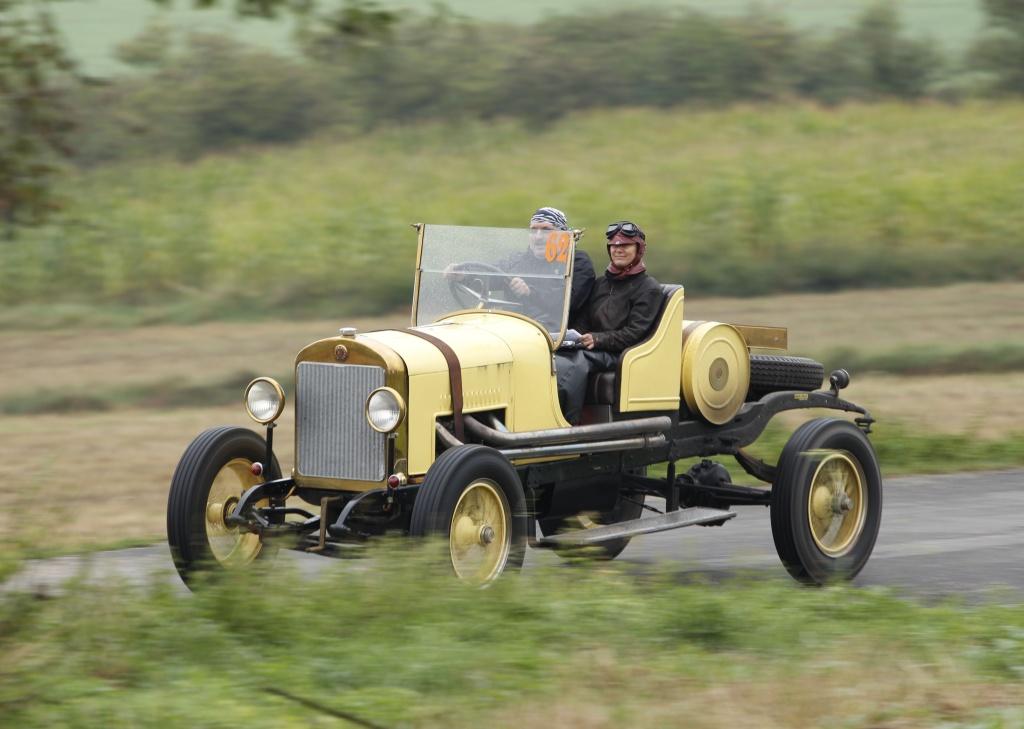 Na víkendovou Oldtimer Bohemia Rally dorazí Škoda