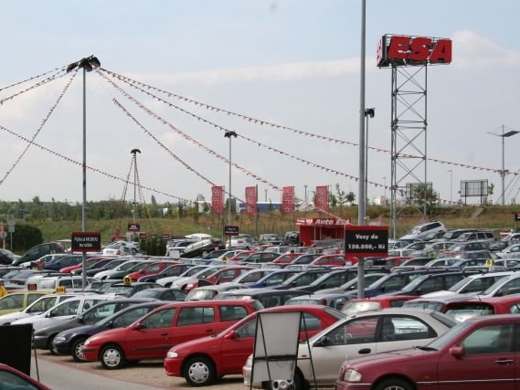 Až 70% vozidel nabízených do českých autobazarů může být ve špatném technickém stavu