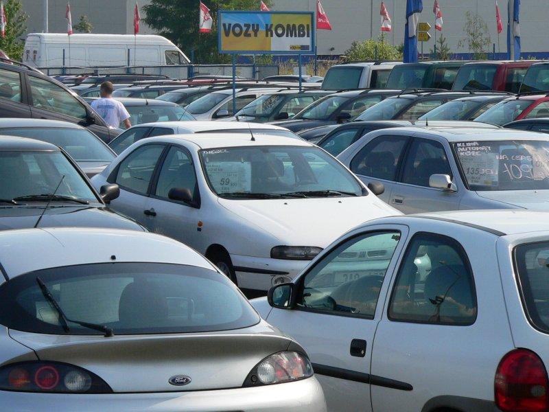 Jen 43% autobazarů přežije na trhu déle než 5 let
