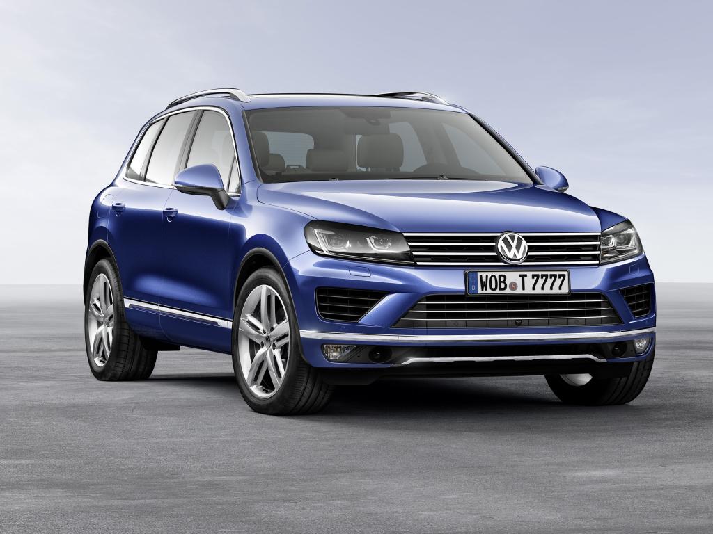 Volkswagen Touareg v novém kabátu se zdokonalenou technikou