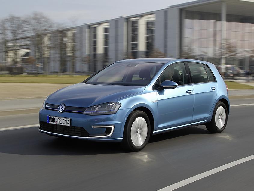 Plně elektrický Volkswagen e-Golf ujede až 190 km