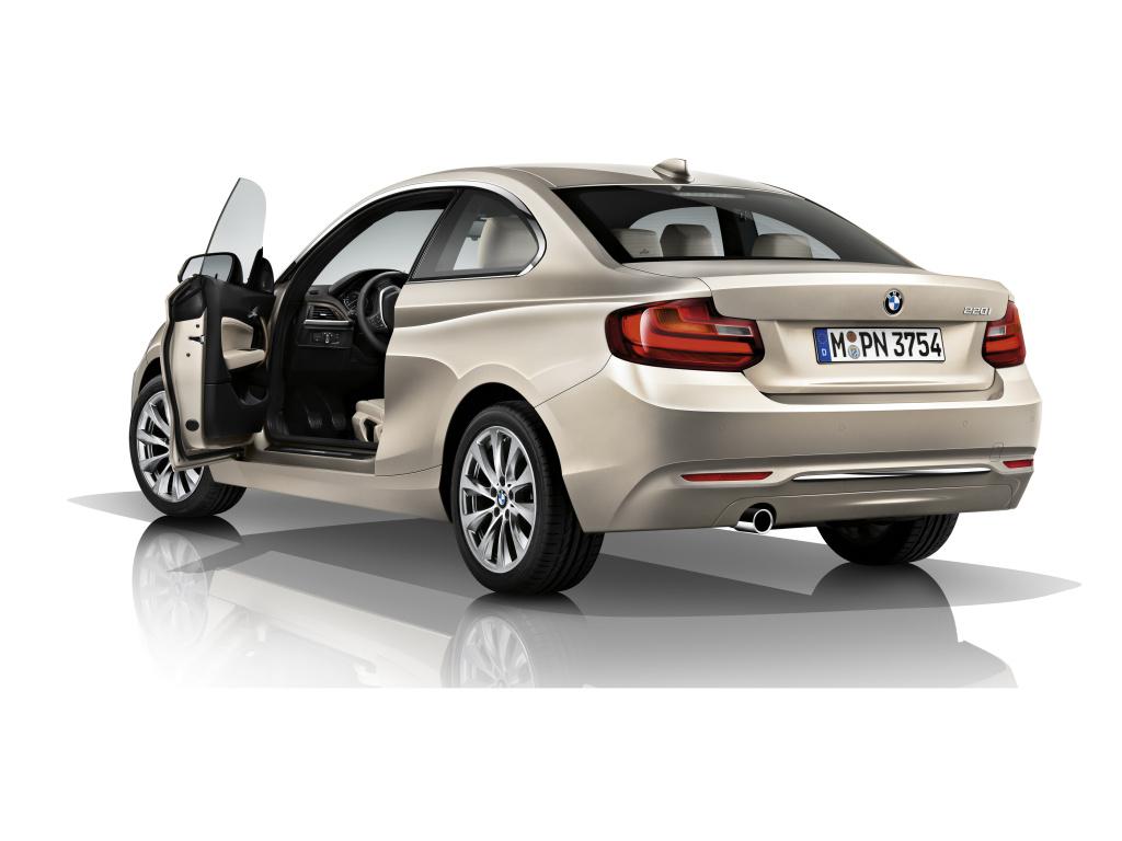 BMW řady 2 Coupé dostane tříválcový motor