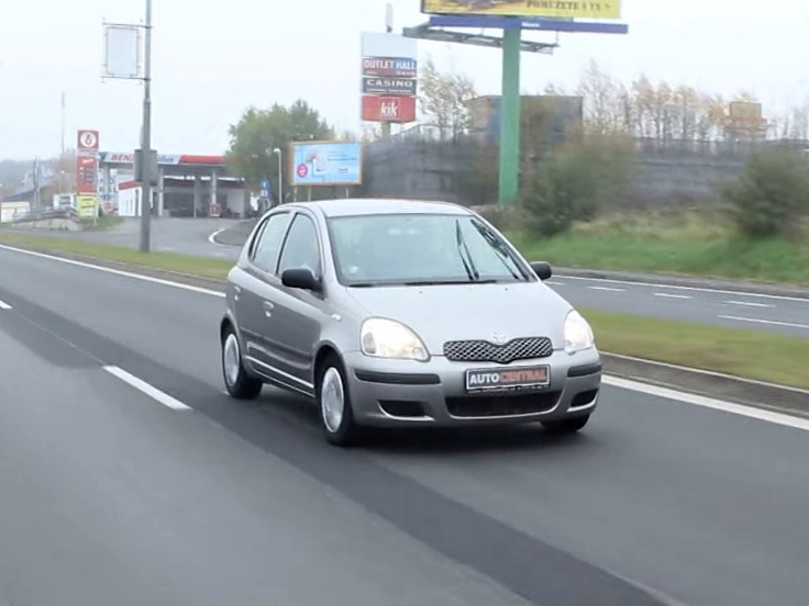 Video: Toyota Yaris 1.0 VVTi