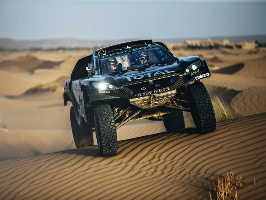 Peugeot 2008 DKR16 - připraven pro Dakar 2016