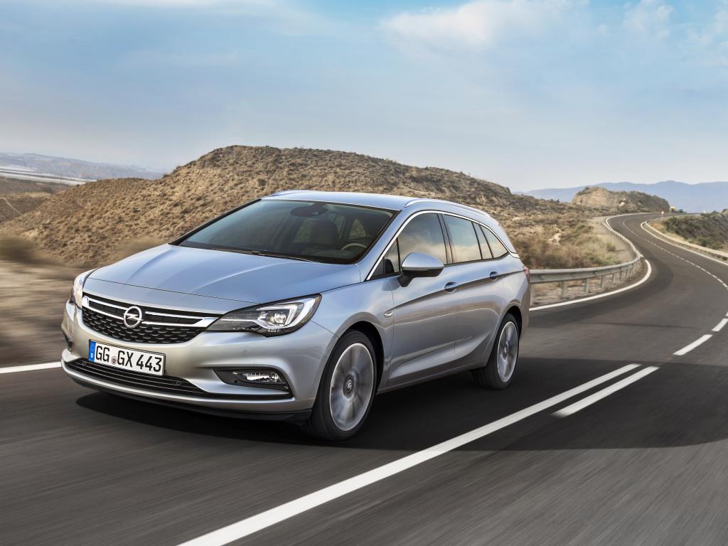 Opel Astra Sports Tourer nové generace - kombi nechybí