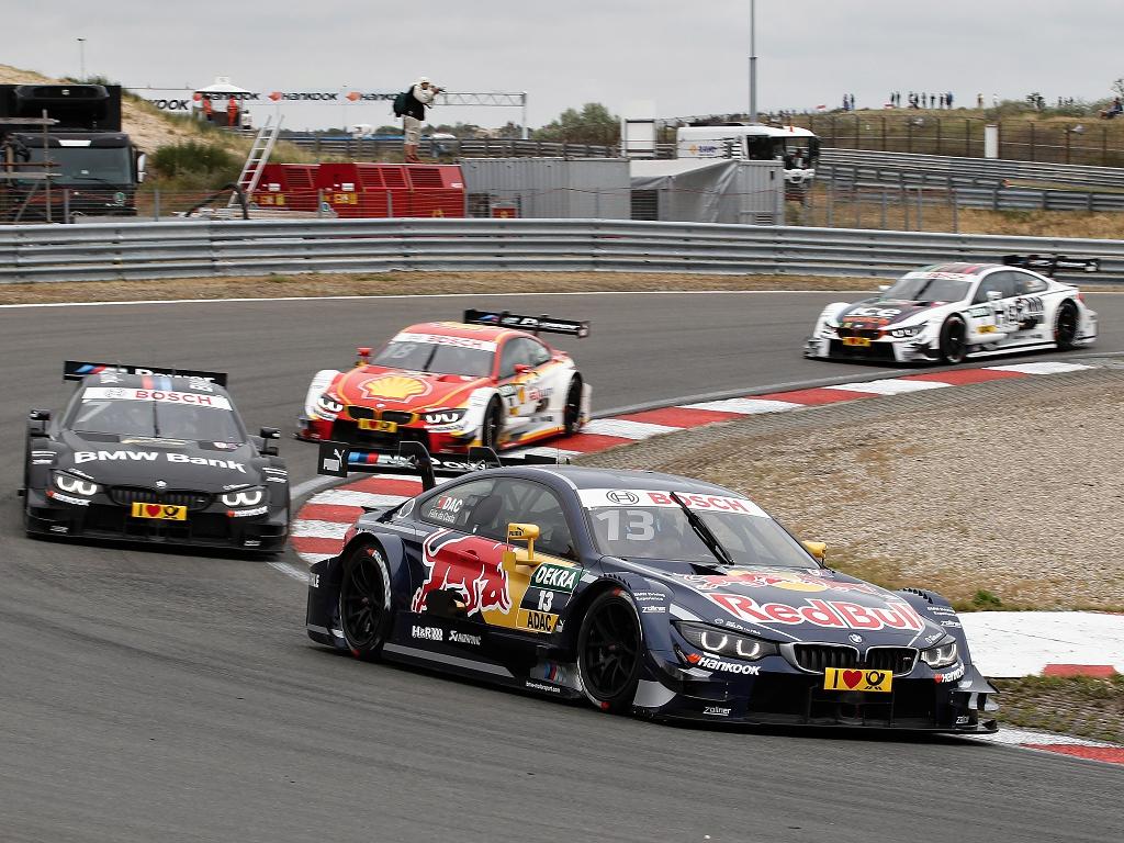 BMW v DTM vybojovalo titul mezi značkami
