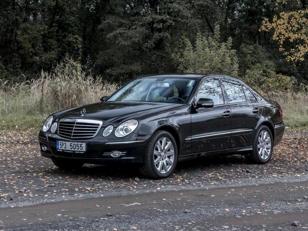 Test ojetiny: Mercedes-Benz E320 CDI 4Matic – Mezistátní křižník