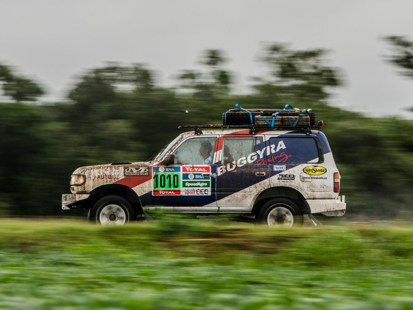 Rallye Dakar etapa I. - brouci, lijáky a opět se nezávodí.