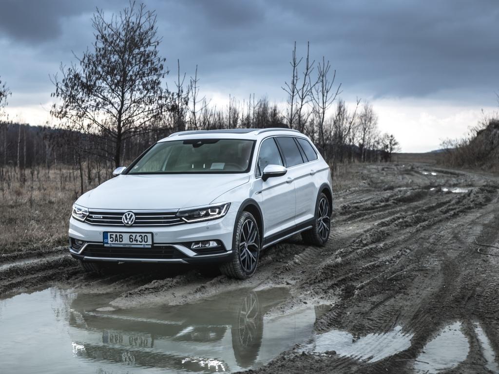 Test: Volkswagen Passat Alltrack 2.0 BiTDI DSG – mistr převleků