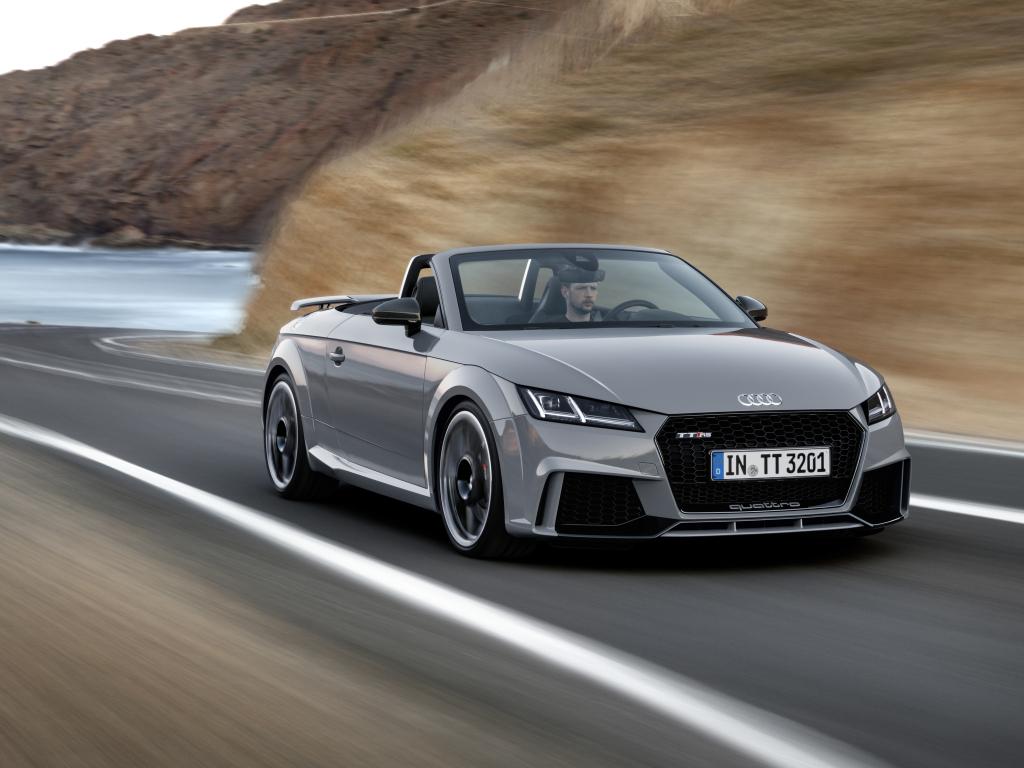Audi TT RS Coupé a TT RS Roadster si koupíte až na podzim