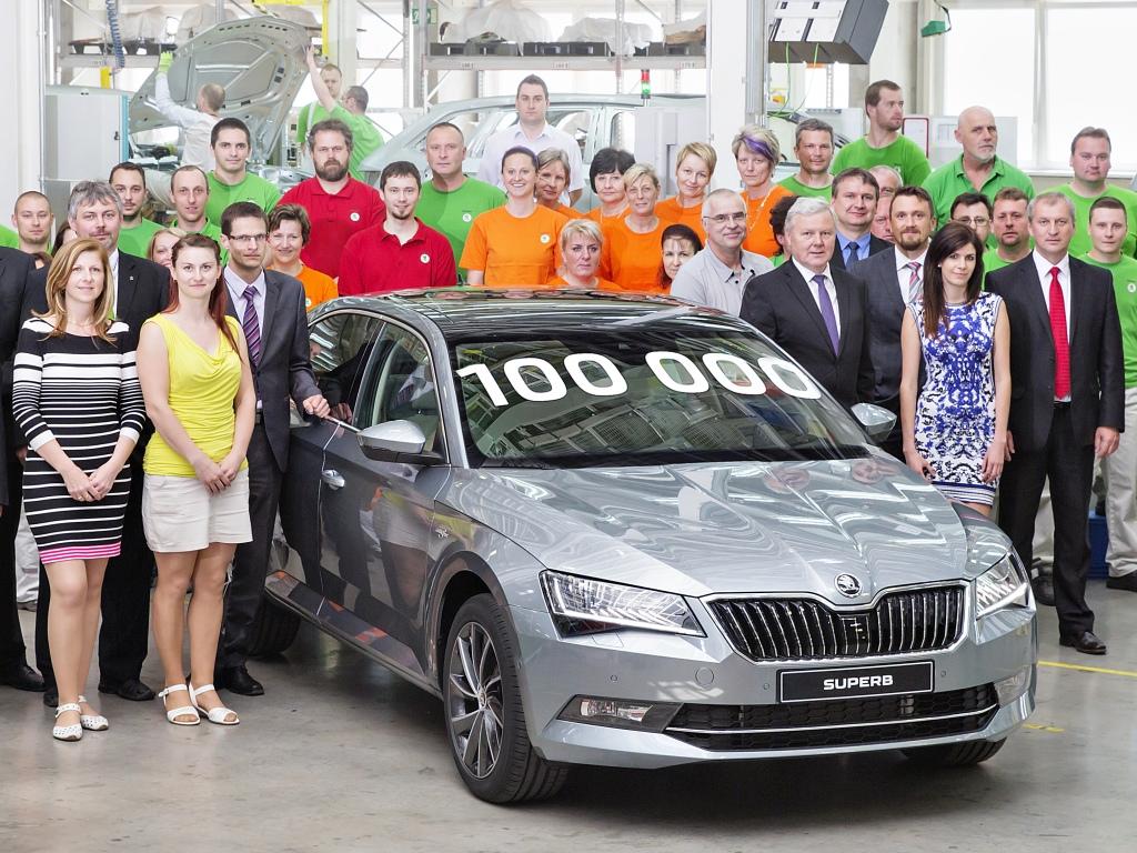 Škoda Superb třetí generace slaví sto tisíc vyrobených kusů