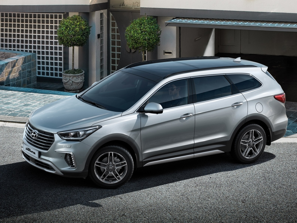 new Hyundai Grand Santa Fe