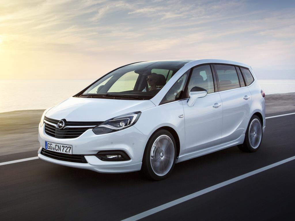 Opel Zafira po faceliftu ve stylu Astry