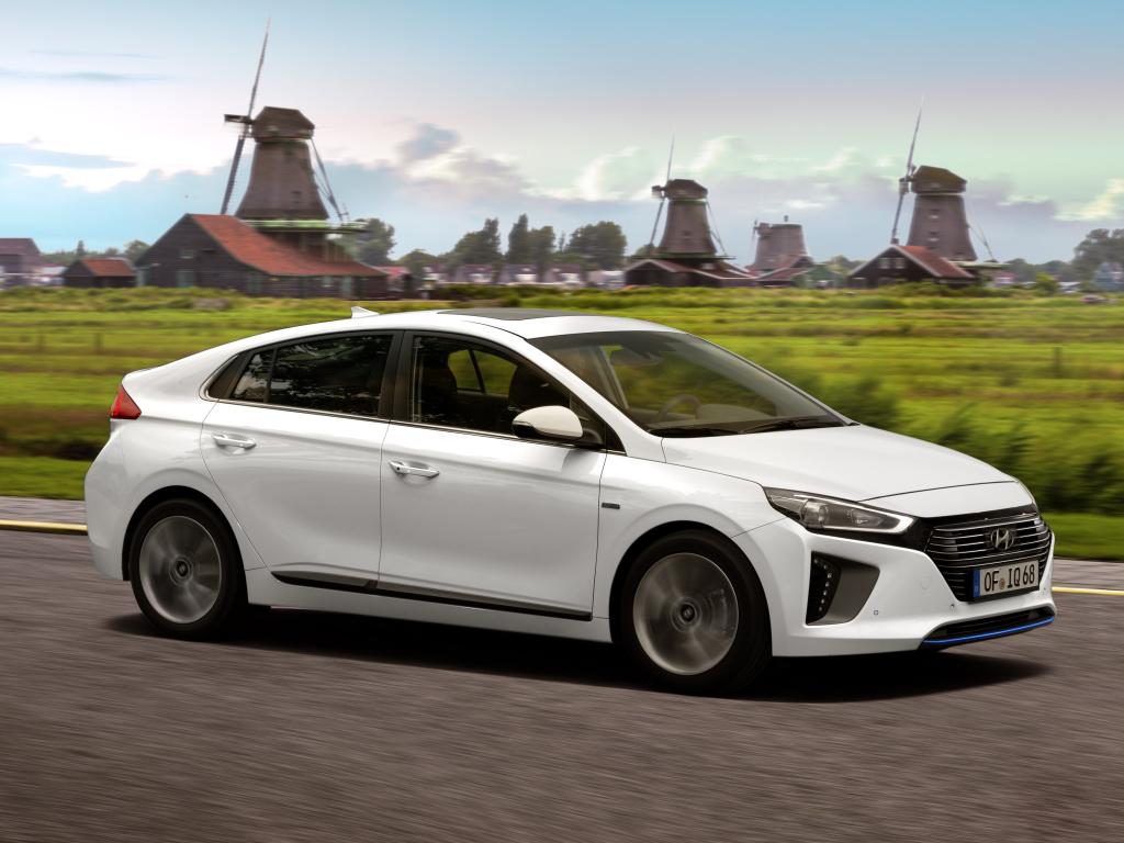 Hyundai IONIQ je tady a hned ve třech verzích