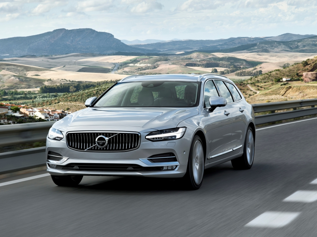 Volvo V90 má české ceny, pod milion nejdou