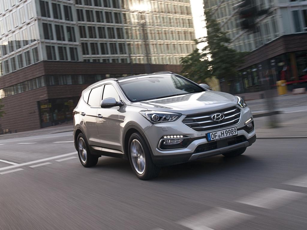 Hyundai Santa Fe přichází v nových verzích