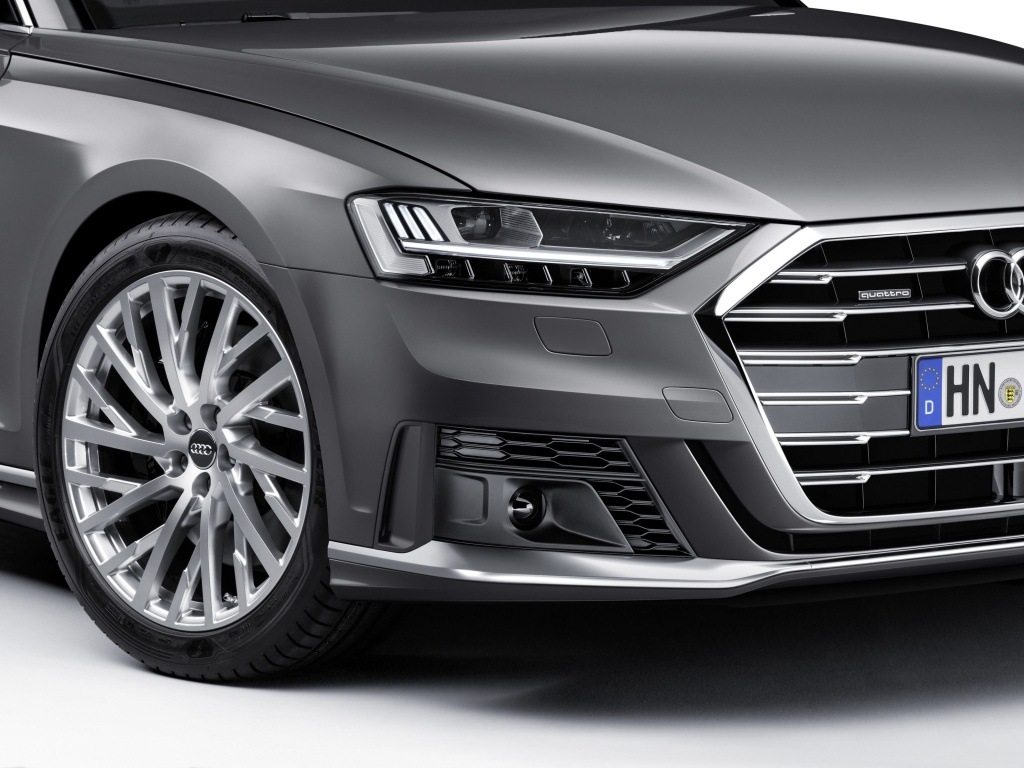 Audi A8 nově se sportovním paketem pro exteriér a sportovnímí sedadly