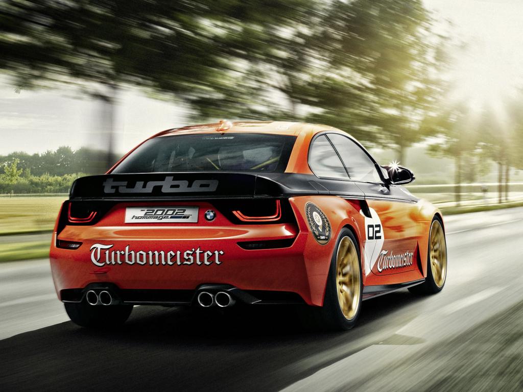 BMW 2002 Hommage oslavuje zrod přeplňovaných automobilů