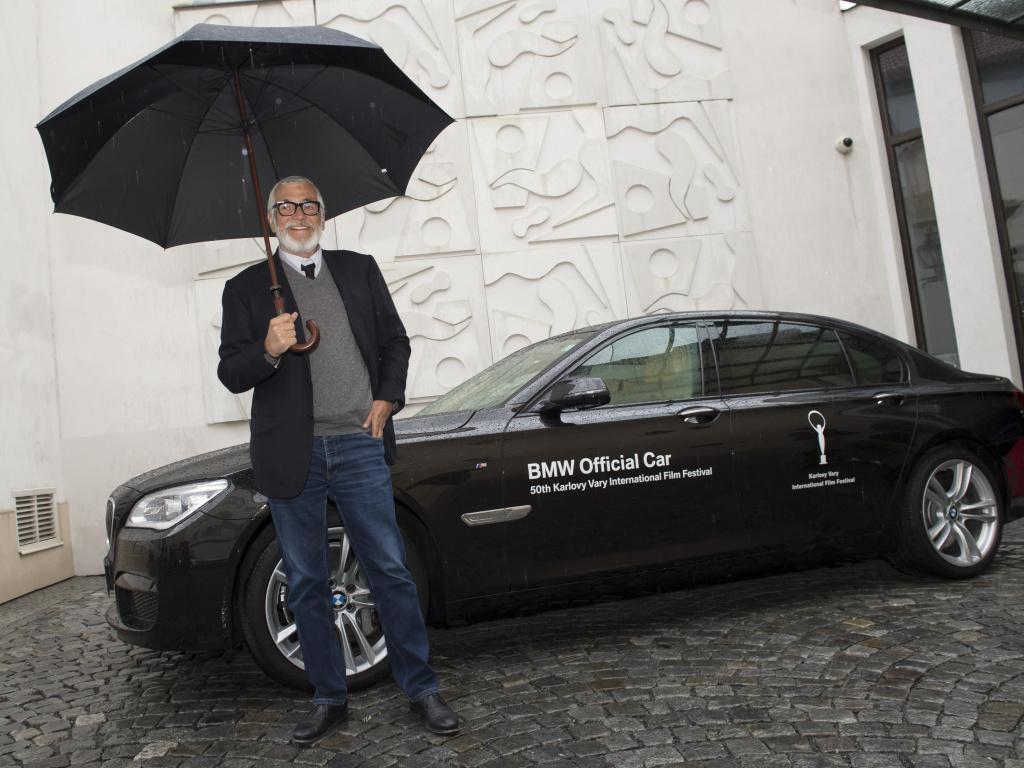 BMW bude vozit festivalové hvězdy, sveze se i herec Richard Gere