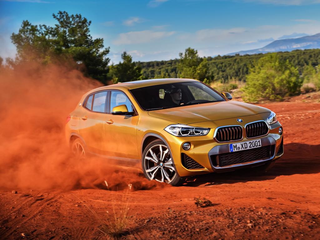 BMW X2 - menší než X1, ale více cool a sexy