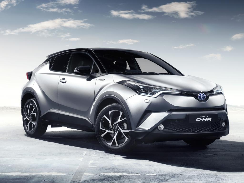 Chcete koupit Toyotu nebo Peugeot? Od soboty ušetříte desetitisíce