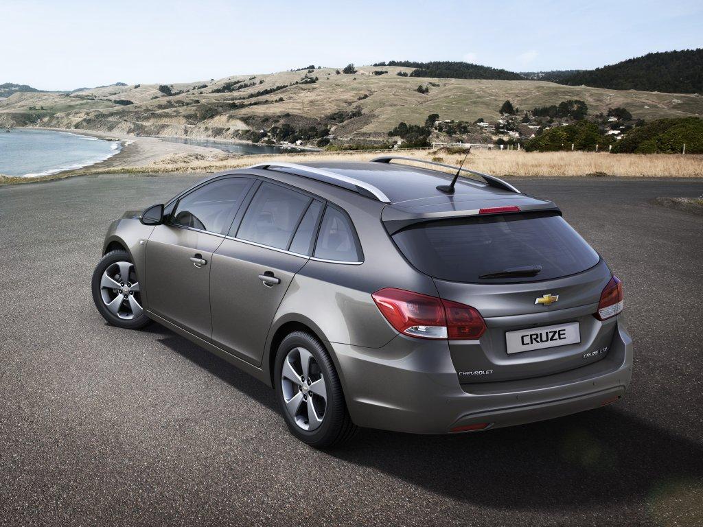 Chevrolet Cruze kombi bude k vidění v Ženevě