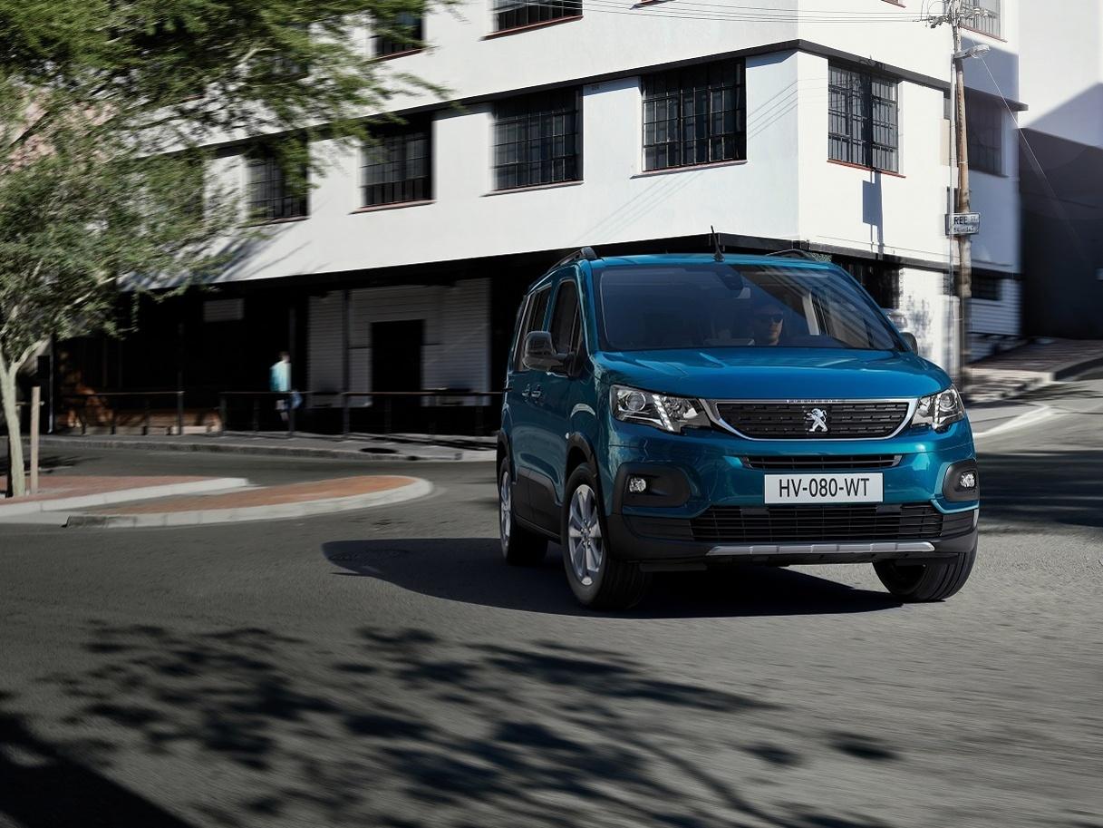 Čistě elektrický Peugeot e-Rifter má české ceny