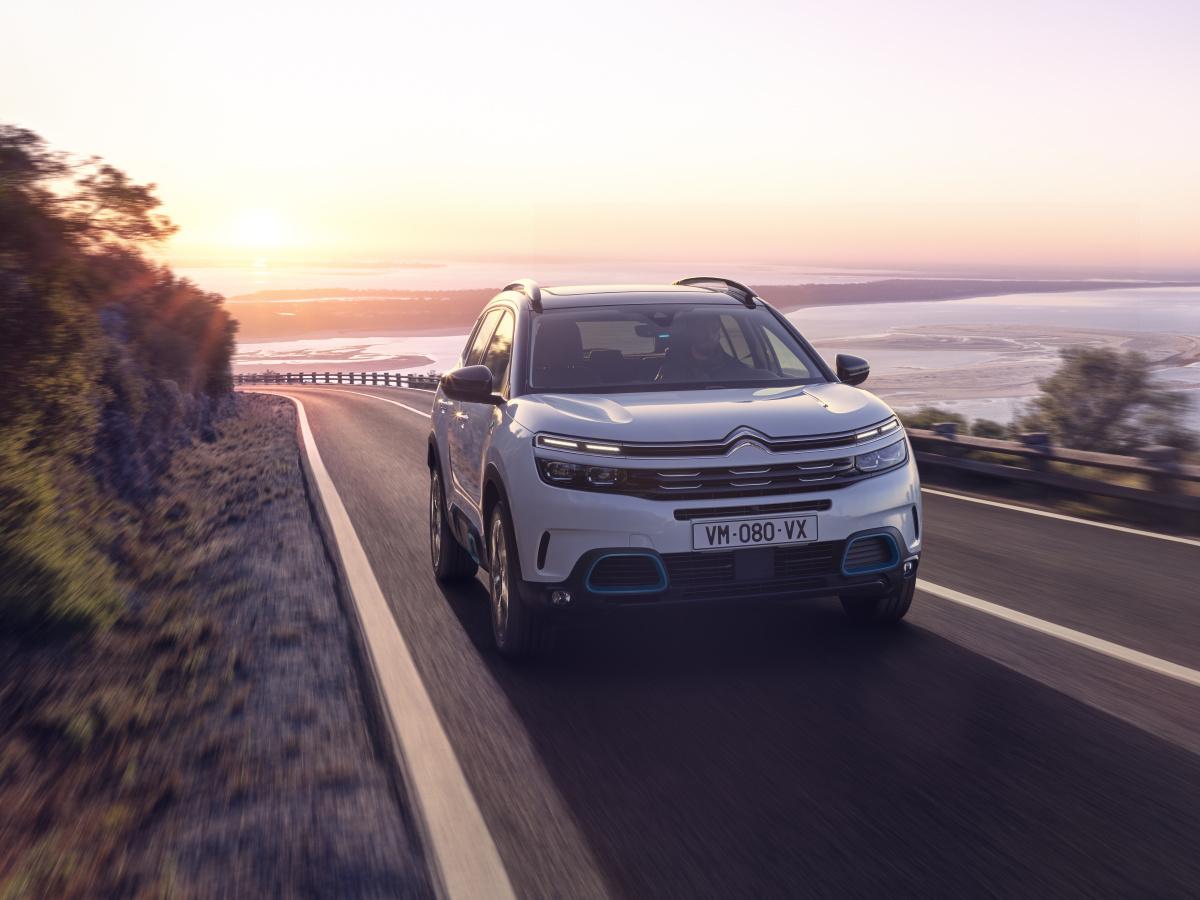 Citroën C5 Aircross Hybrid je tady. Do milionu se vleze i v nejlepší výbavě