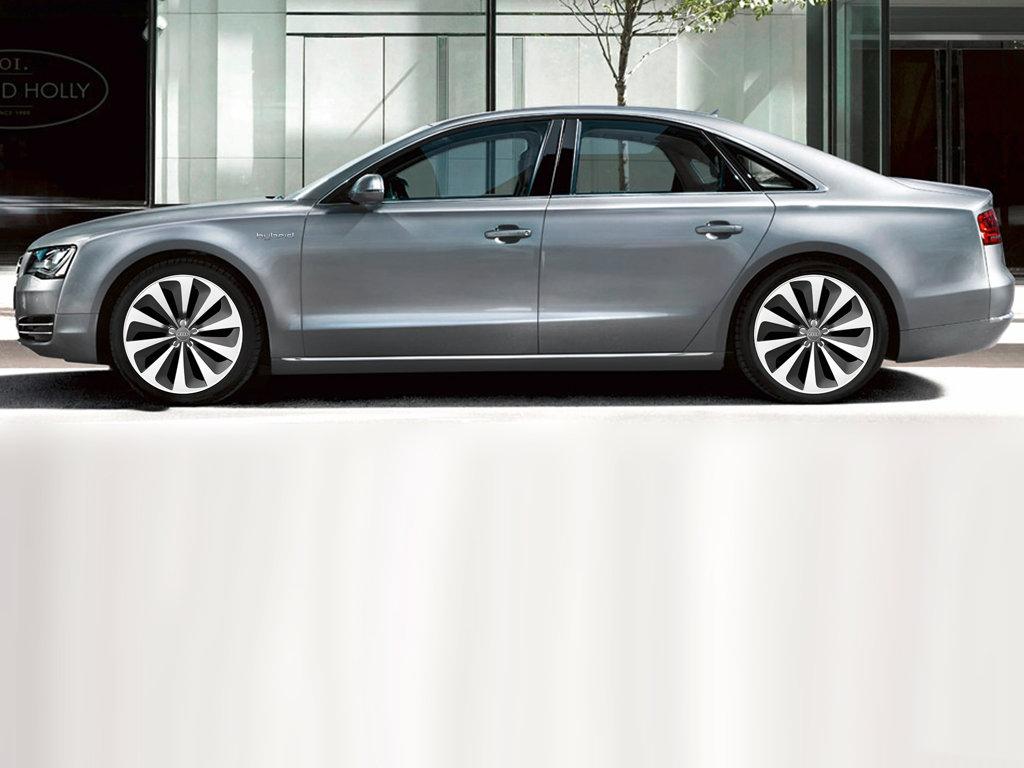 Dva koncepty od Audi: A1 e-tron a A8 hybrid
