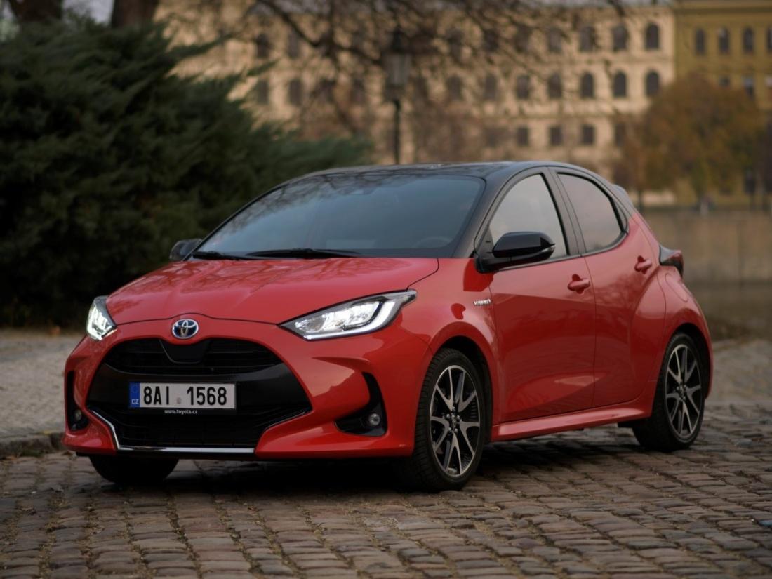 Evropským autem roku 2021 je Toyota Yaris