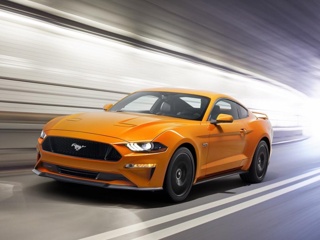 Facelift Fordu Mustang přinese 10stupňový automat, upravený osmiválec a řadu asistentů
