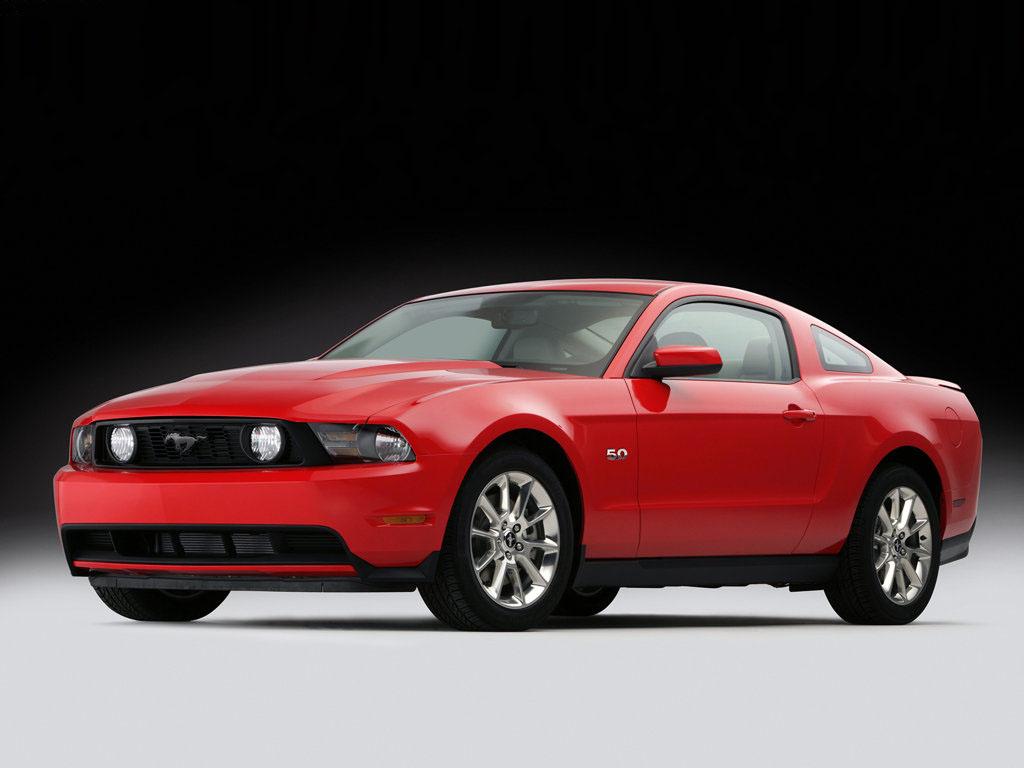 Ford Mustang: Vrátí se i pětilitr!
