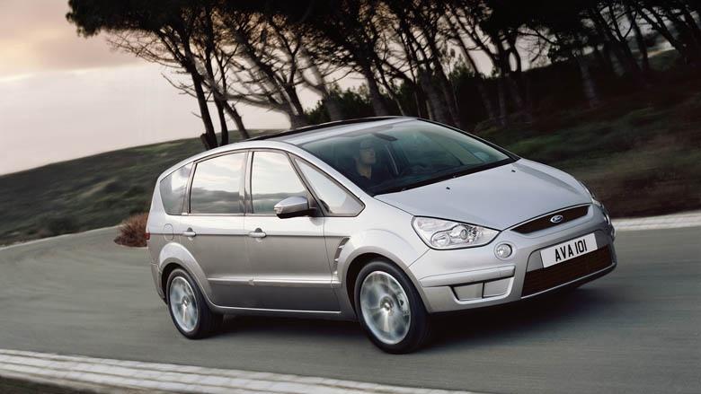 Ford nadále bezkonkurenčním dovozcem vozů!