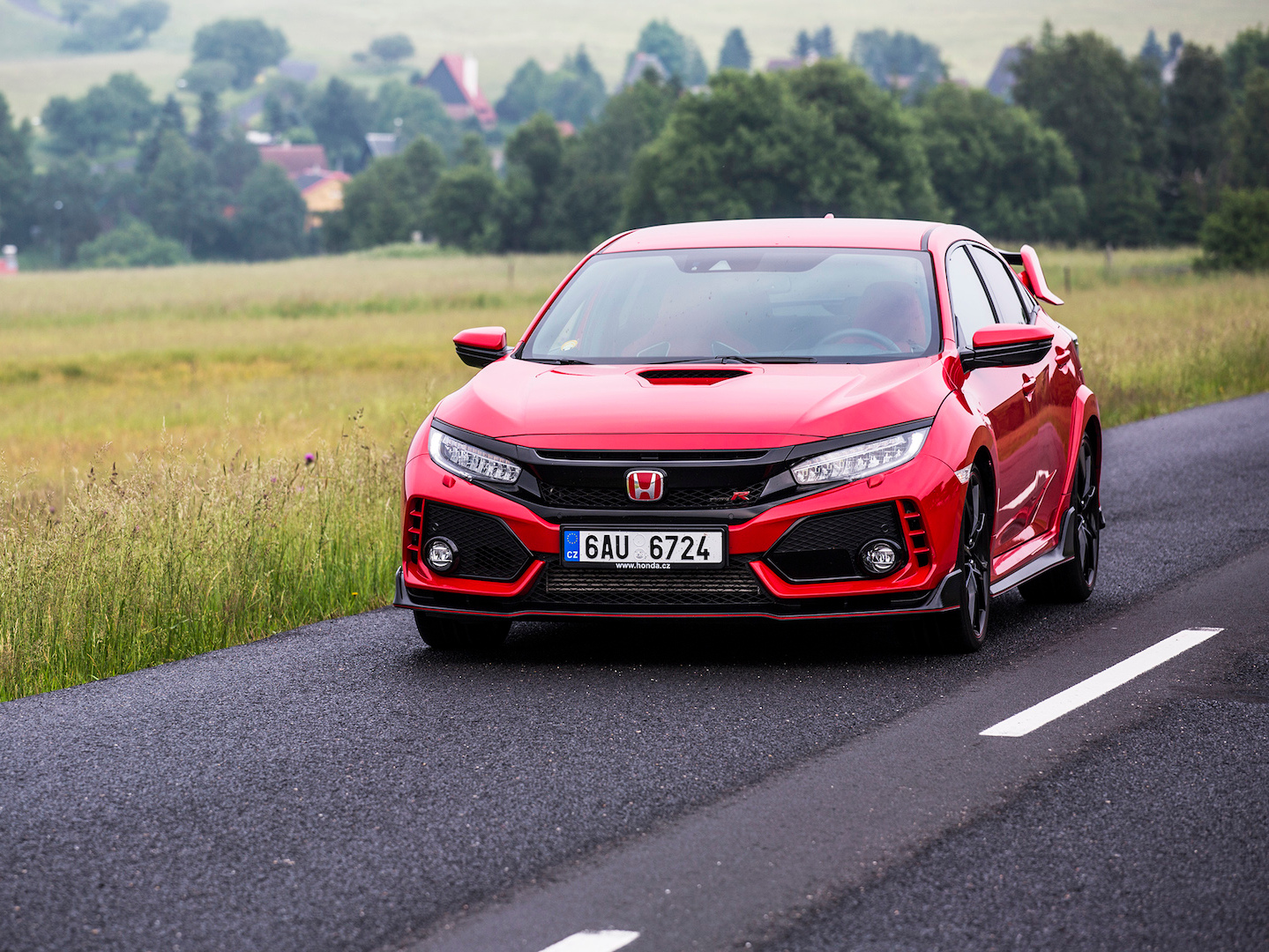 Honda Civic Type R - Nabroušená katana!