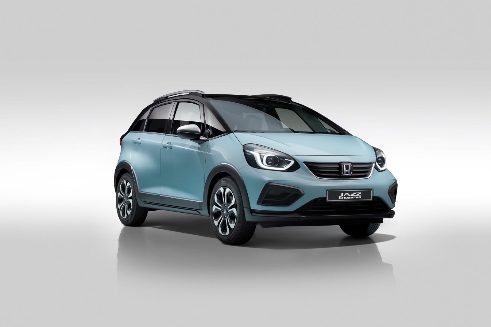 Honda Jazz přijede jako hybrid v létě a přibude oplastovaná verze Crosstar