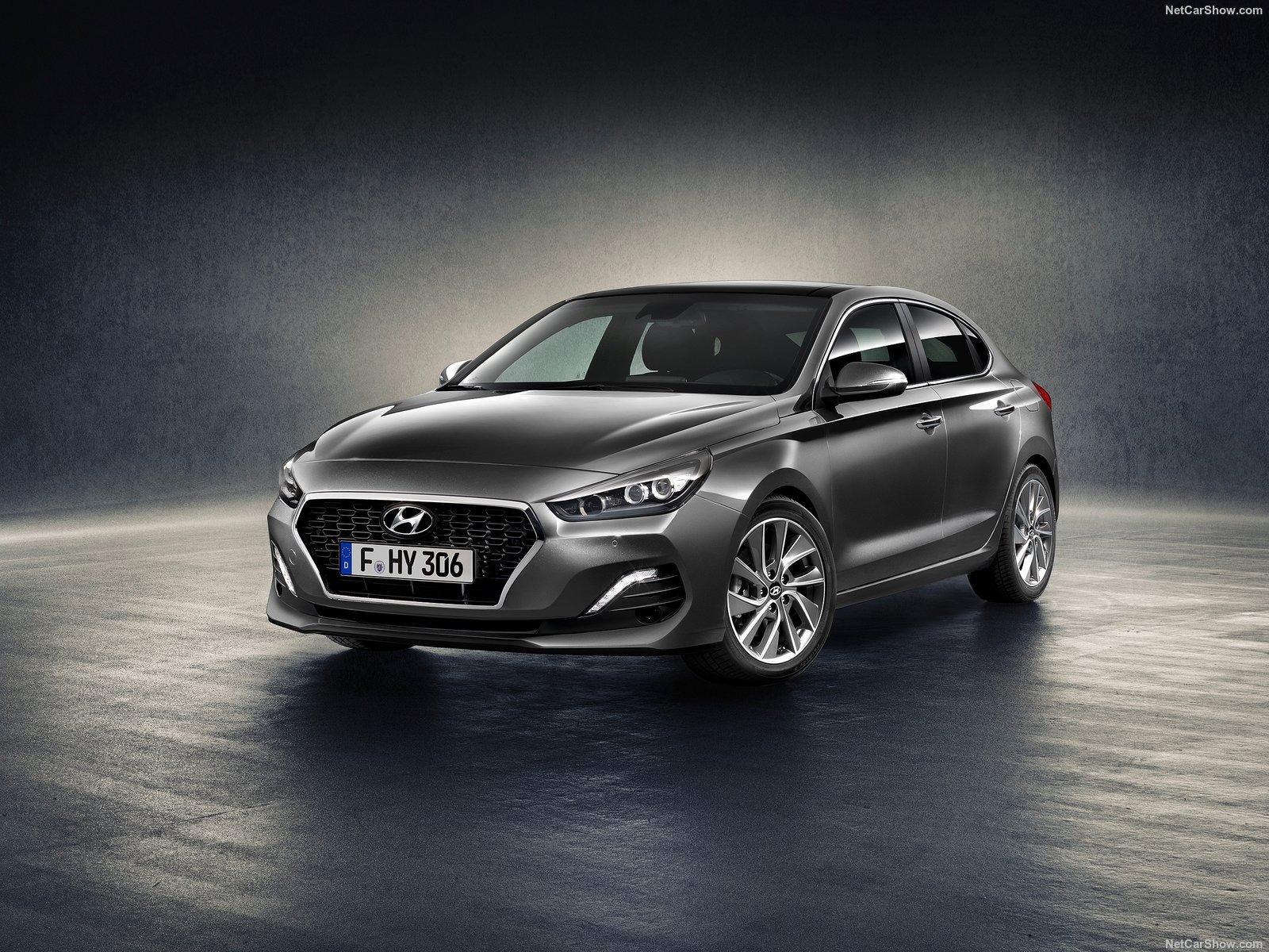 Hyundai i30 Fastback je realitou - po krku půjde Octavii