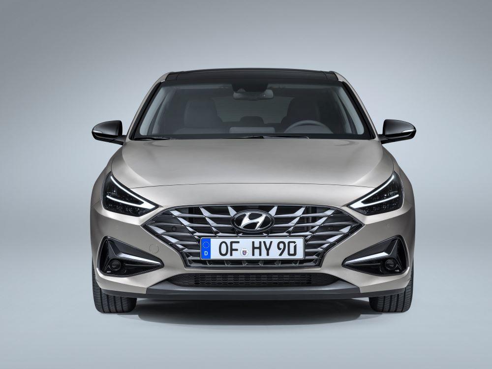 Hyundai i30 po modernizaci dostal nový základní i vrcholný motor