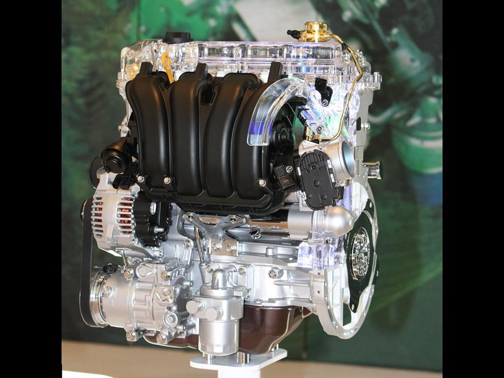 Hyundai představil svůj první zážehový motor s přímým vstřikováním benzínu.
