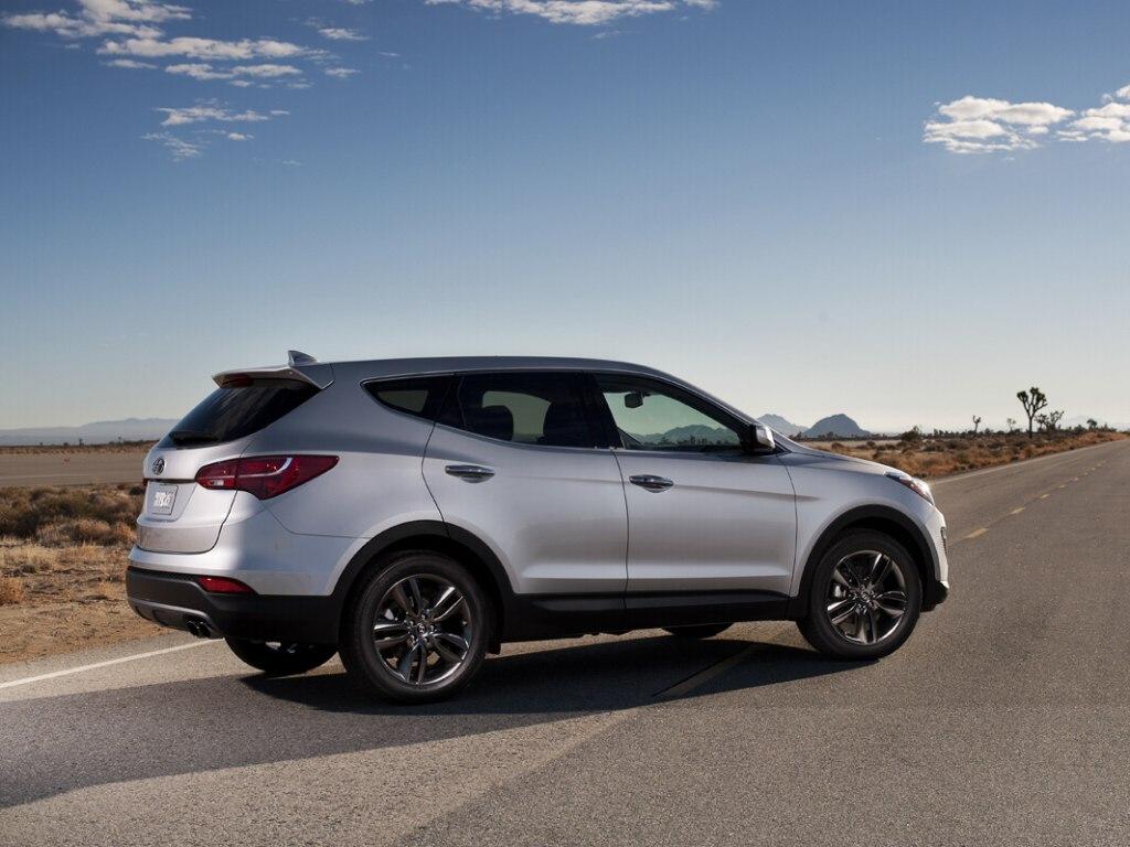 Фото Hyundai Santa Fe.