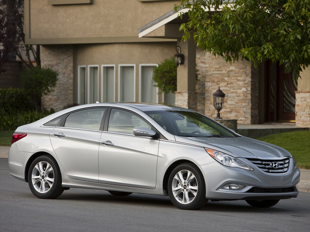 Hyundai Sonata model 2011: Nový standard ve střední třídě