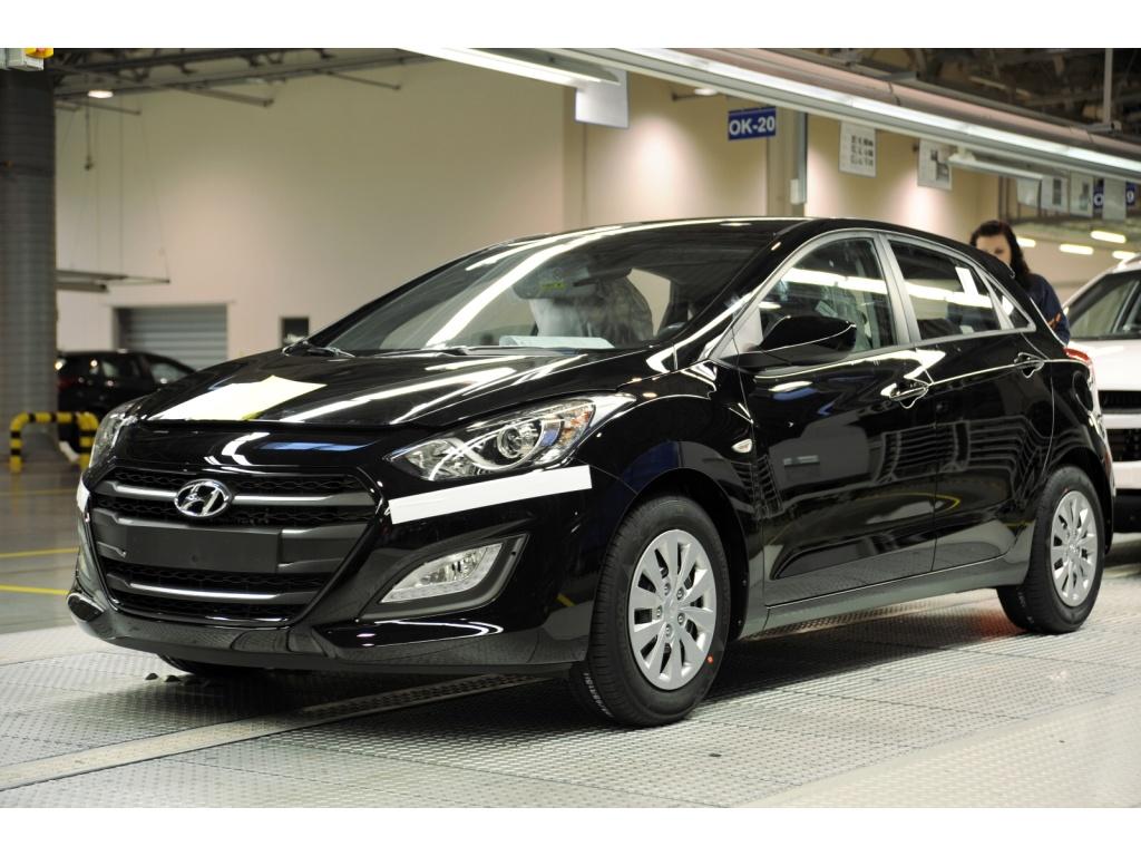 Hyundai zahájil výrobu modernizované i30