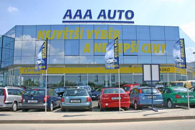Pololetní výsledky AAA AUTO - prodej + 23 %, obrat + 28 %