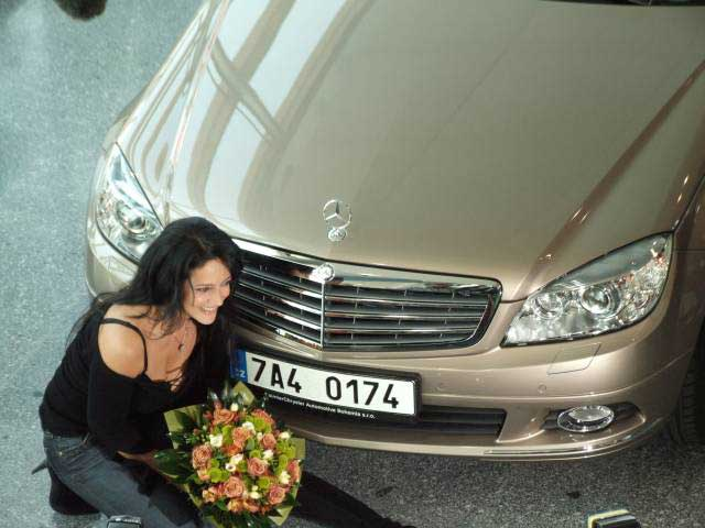 Mercedes-Benz T��dy C pro Lucii B�lou