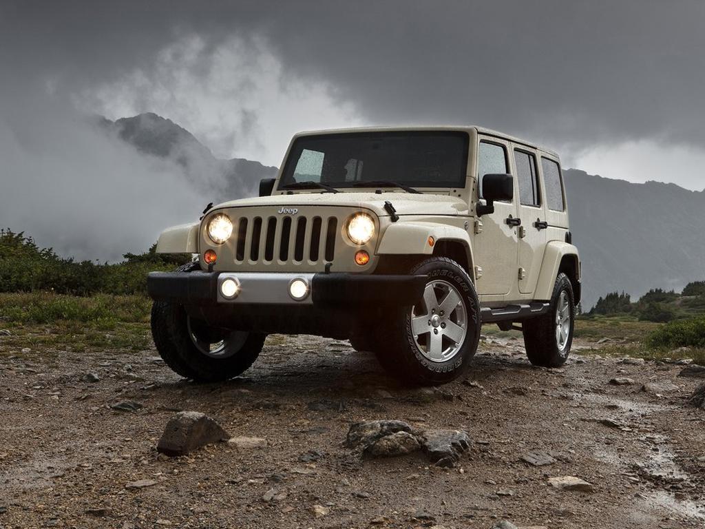 """Jeep Wrangler model 2011: lehká modernizace drsného """"Amíka"""""""