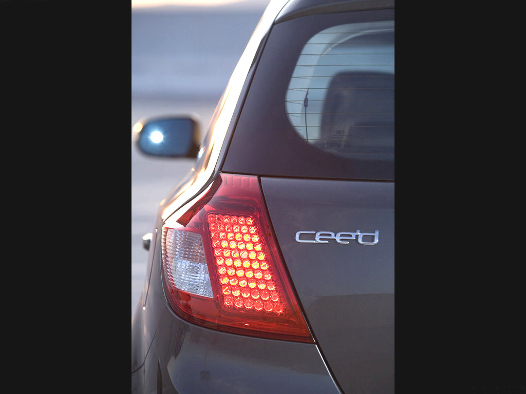 Kia Cee´d překvapila v dlouhodobém testu Auto Bildu na 100 tisíc km