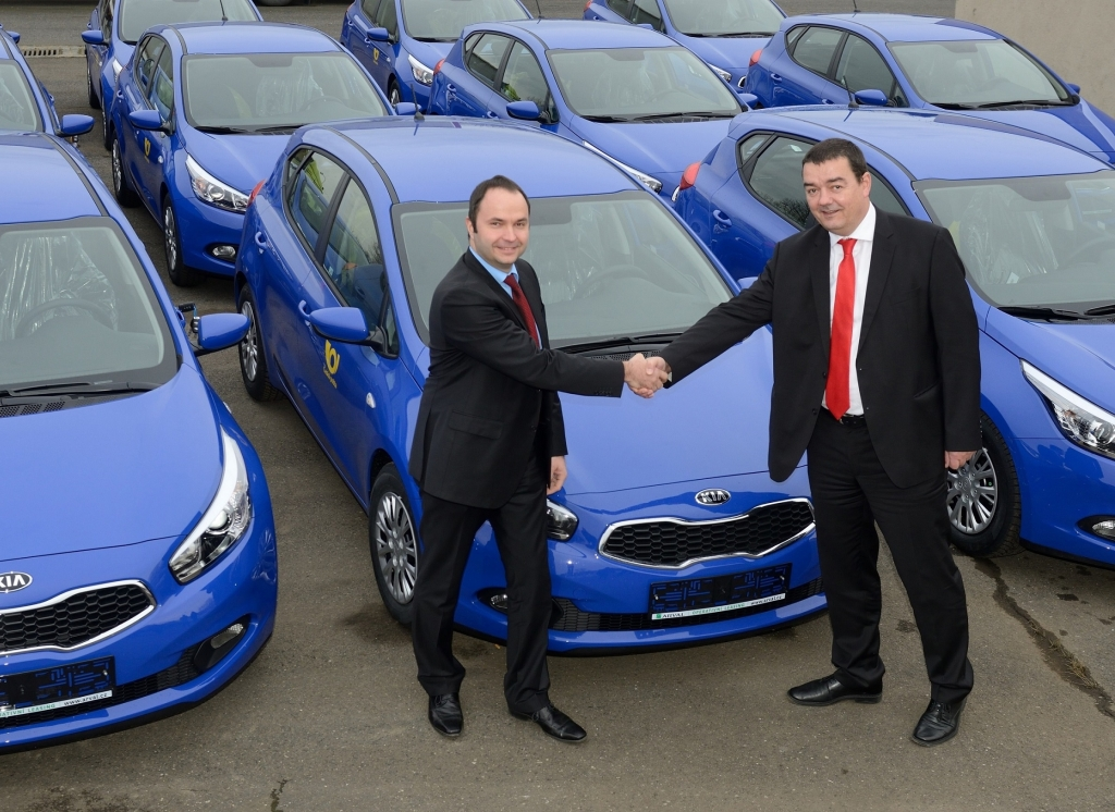 Česká pošta kupuje 245 modelů Kia cee´d
